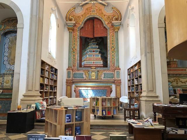 Librería de Santiago en Óbidos (Portugal)