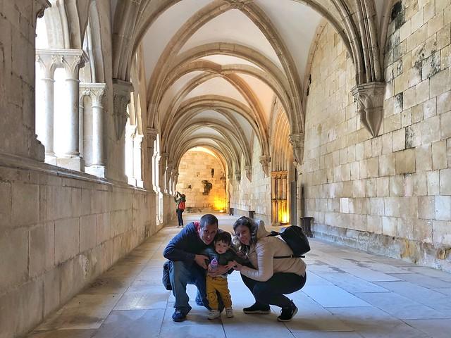 Sele y Rebeca con el pequeño Unai
