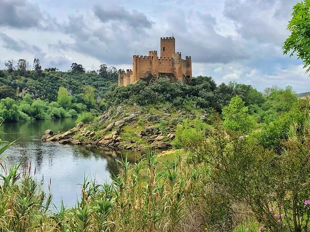 Castillo de Almourol (Castillo erigido por los templarios en Portugal)