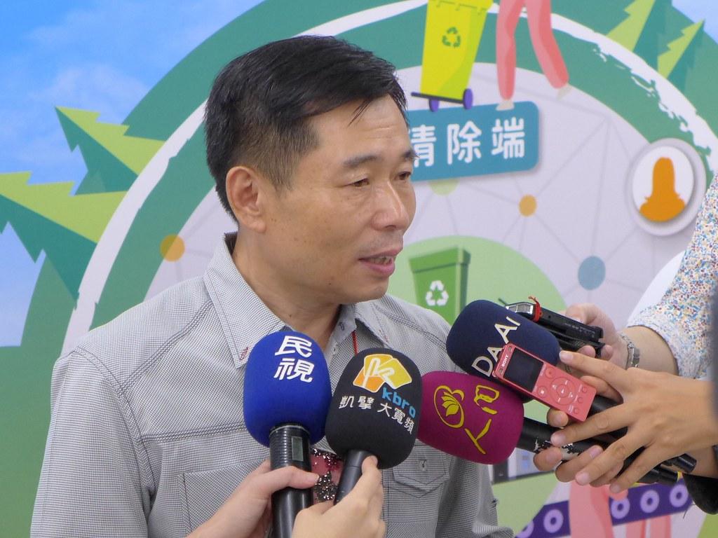 東方塑膠董事長鍾清鈐投入塑膠回收再利用33年。孫文臨攝