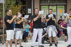 La txaranga Irulitxa puso la nota musical en la inauguración.
