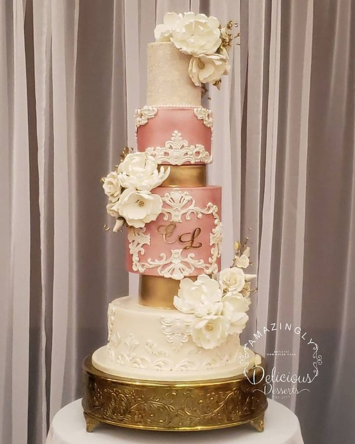 Cake by Amazingly Delicious Desserts