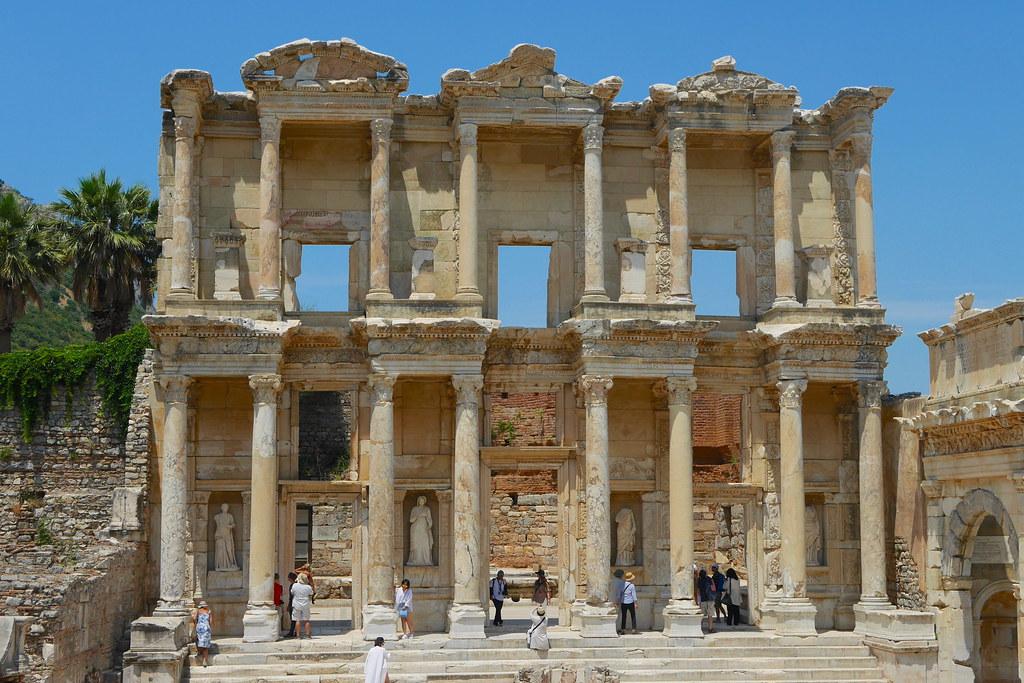 Efes圖書館