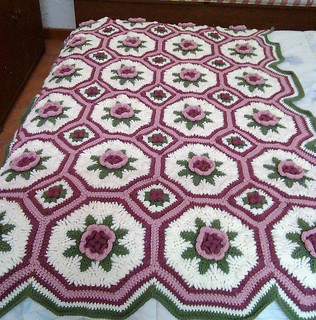Blanket of Roses Afghan pattern free