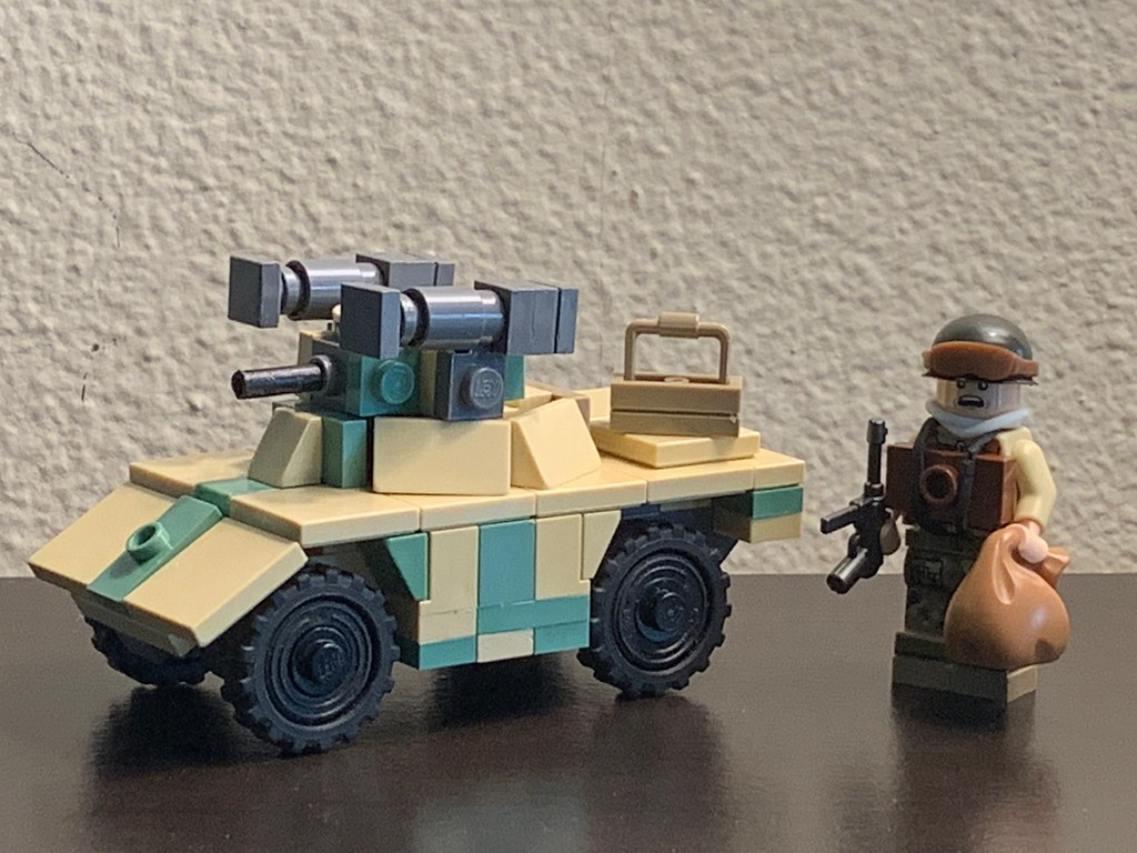 1:45 Rhodesian Armored Corps Daimler FV701 Ferret Mk.2/6