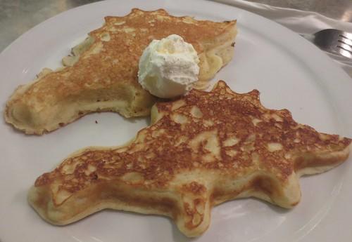 stellas_dino_pancakes