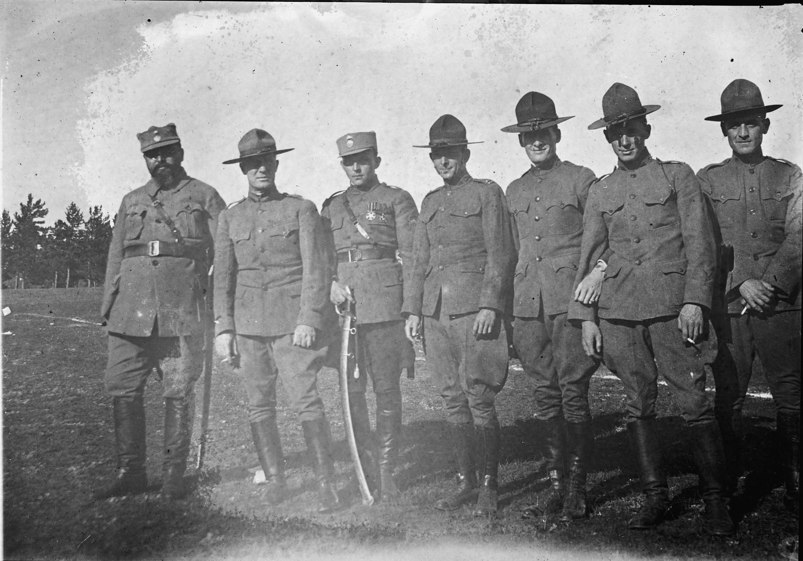 1919. Американские и чехословацкие офицеры