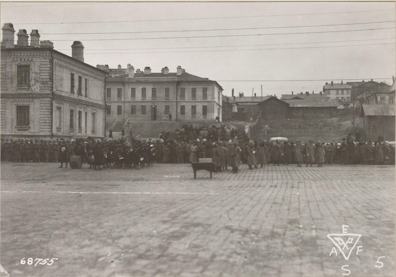 1919. Войска союзников во время награждения офицеров японским командованием