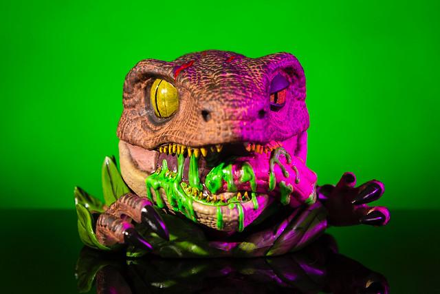 image - Mondo Tees (Mondoids, JURASSIC PARK Raptor 02)