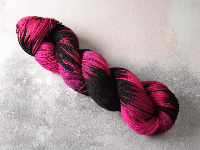 Favourite Sock – hand-dyed superwash merino wool yarn 4 ply/fingering 100g – 'Strobe' (neon pink/black)