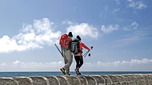 Deux marcheurs Trévignon Bretagne France