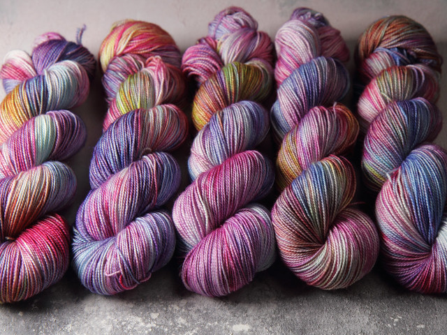 Favourite Sock – hand-dyed superwash merino wool yarn 4 ply/fingering 100g – 'Hydrangea'