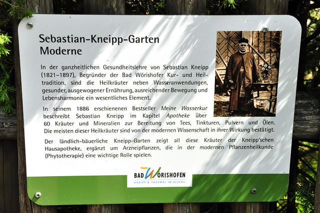 "Pfarrer Sebastian Kneipp ... Bad Wörishofen ... Info-Tafel ""Sebastian-Kneipp-Garten"" ... Foto: Brigitte Stolle"