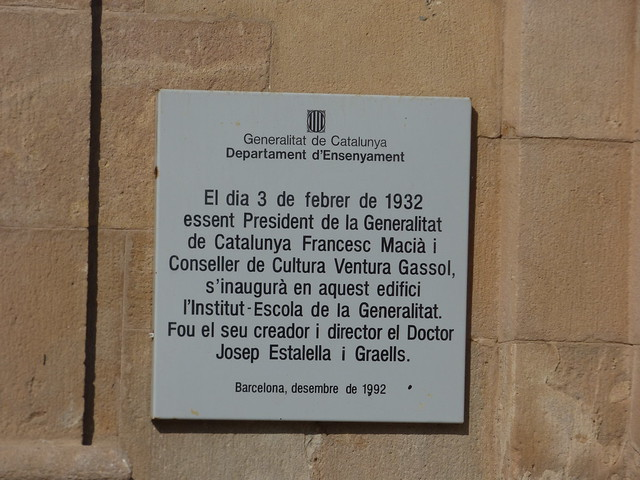 Institut Verdaguer - Plaça de Joan Fiveller - Parc de la Ciutadella, Barcelona - plaque