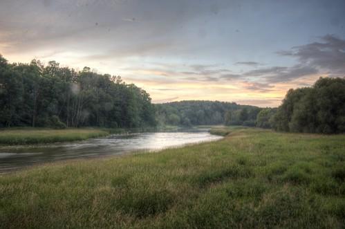 sunset clouds auburn riversideretreat mailtlandriver