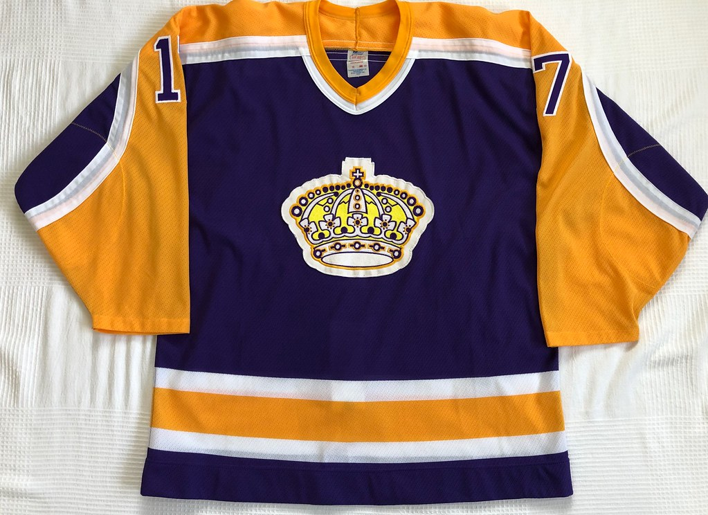 1987-88 Jimmy Carson Los Angeles Kings Away Jersey Front