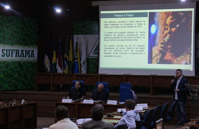 """Apresentação no Seminário """"O Turismo como vetor de desenvolvimento na Amazônia"""", da Suframa"""