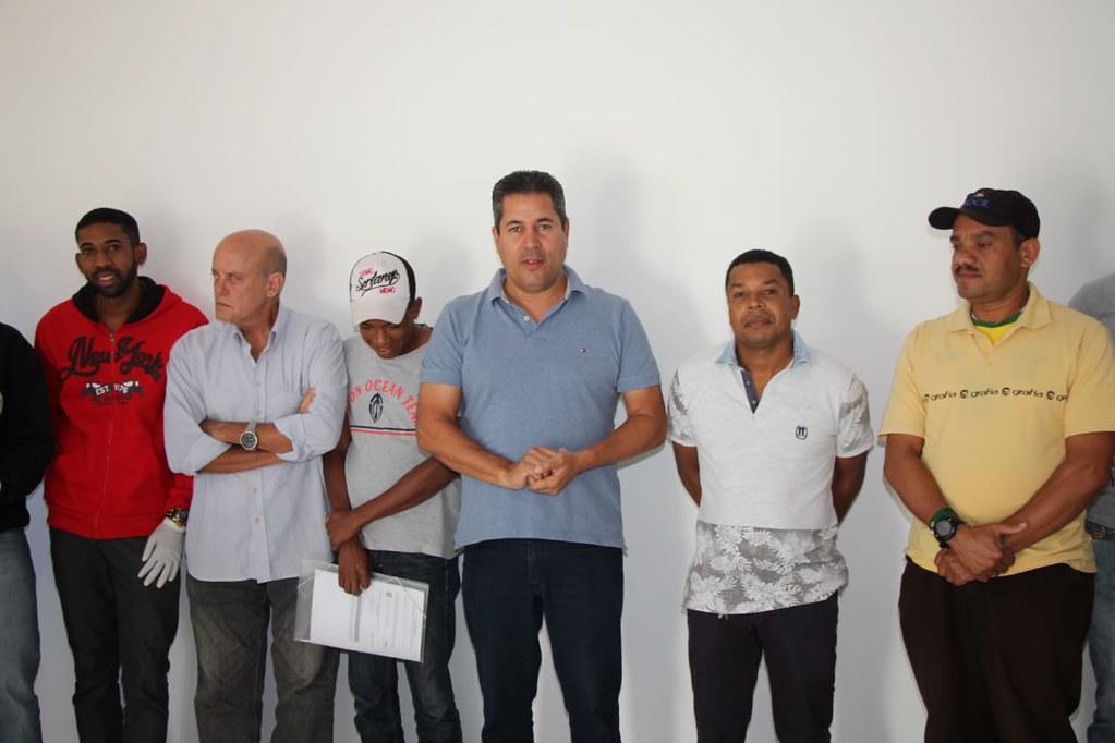 Inaugurado o posto eleitoral em São José de Alcobaça  (23)