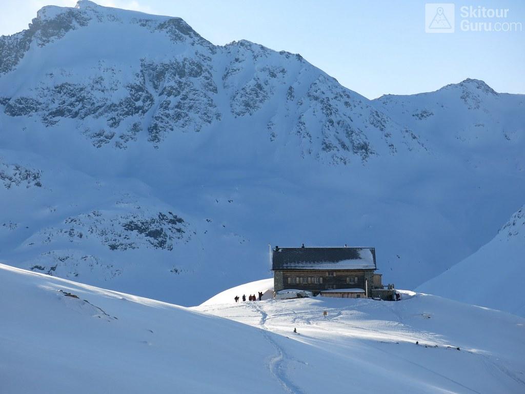 Chamanna Jenatsch / Jenatschhütte Albula Alpen Switzerland photo 05