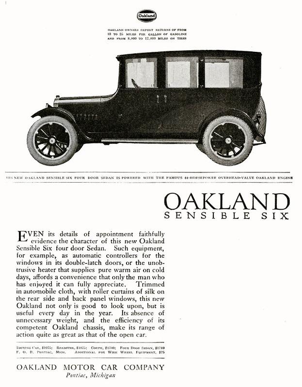 1919 Oakland Sensible Six Four Door Sedan