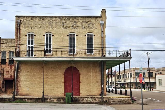 H. Runge & Co. - Cuero, Texas.