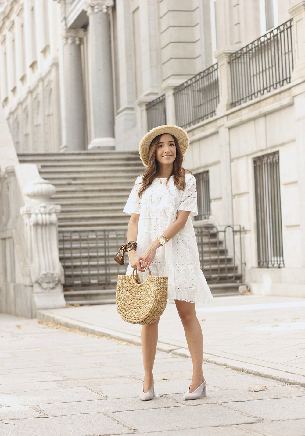 White summer dress canotier street style outfit 20192