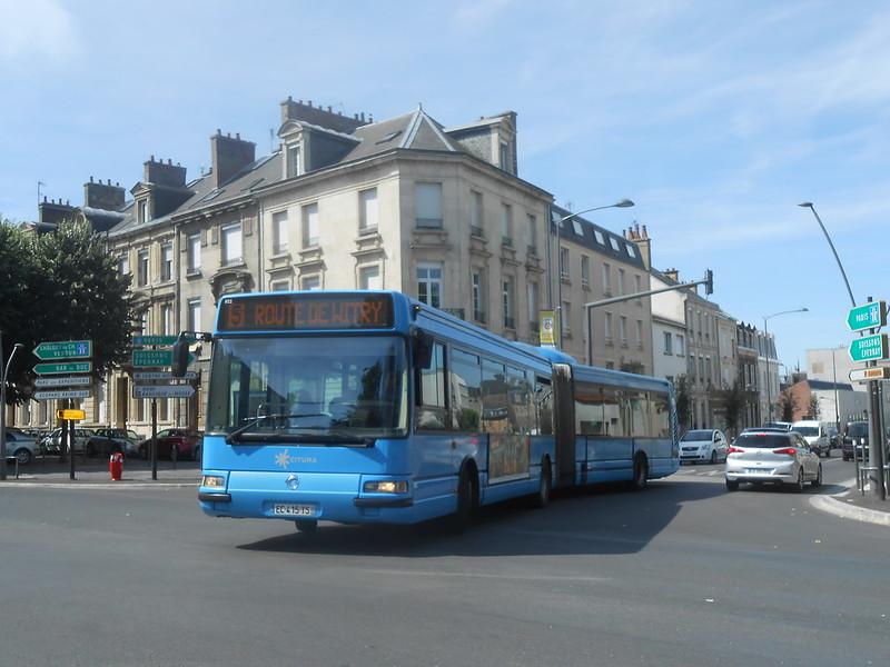 Reims bus 48247645192_0a7367f3fb_c