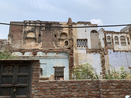 Home Sweet Home - Ruined Mansion, Roshanpura, Gurgaon