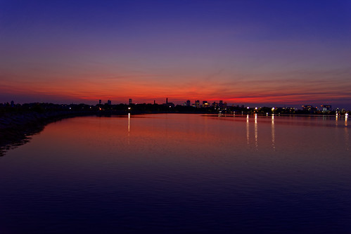 brooks brooksbos boston massachusetts newengland sunset water skyline relections