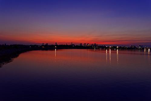 brooks brooksbos boston massachusetts newengland sunset water skyline relections