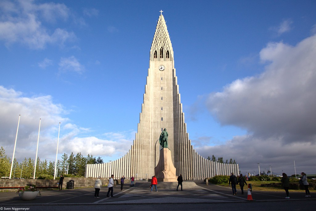 Die Hallgrímskirkja in Reykjavik am 3.07.19