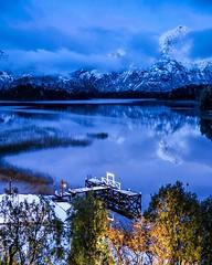 Bariloche un año atrás después de una noche de nevada :grinning: Esto es mirando hacia el lago Perito Moreno desde el inigualable @llaollaohotel :heart_eyes::heart_eyes::heart_eyes: #bariloche #patagonia #argentina #canon6d