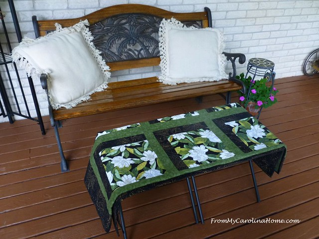 Black Metal Ottoman Project at FromMyCarolinaHome.com