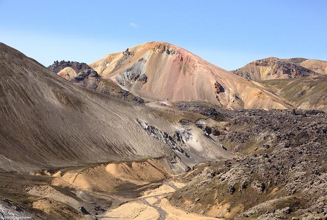 Der 855m Hohe Vulkan Brennisteinsalda im Süden Islands am 6.07.19