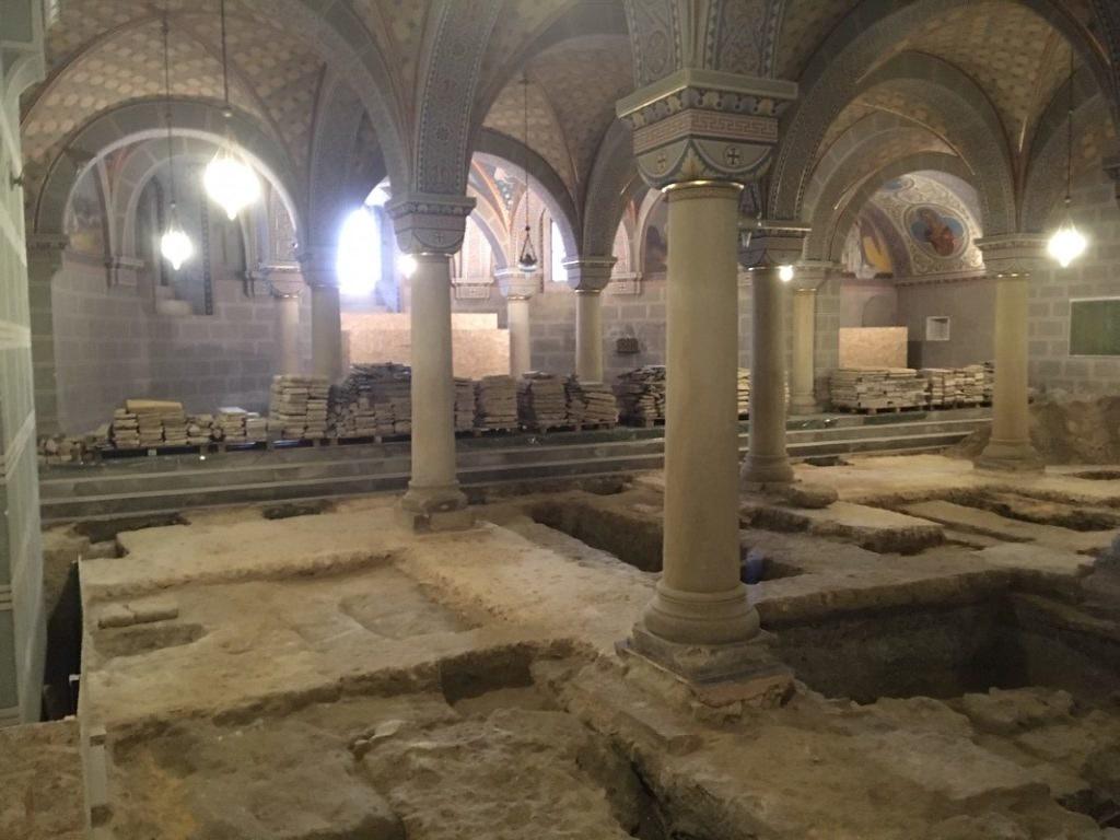 A második magyar király, Orseolo Péter sírját találhatták meg Pécsen