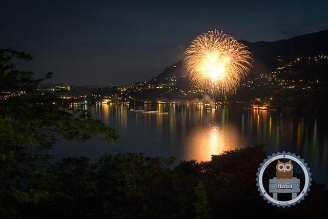 Fuegos artificiales en el Lago Como