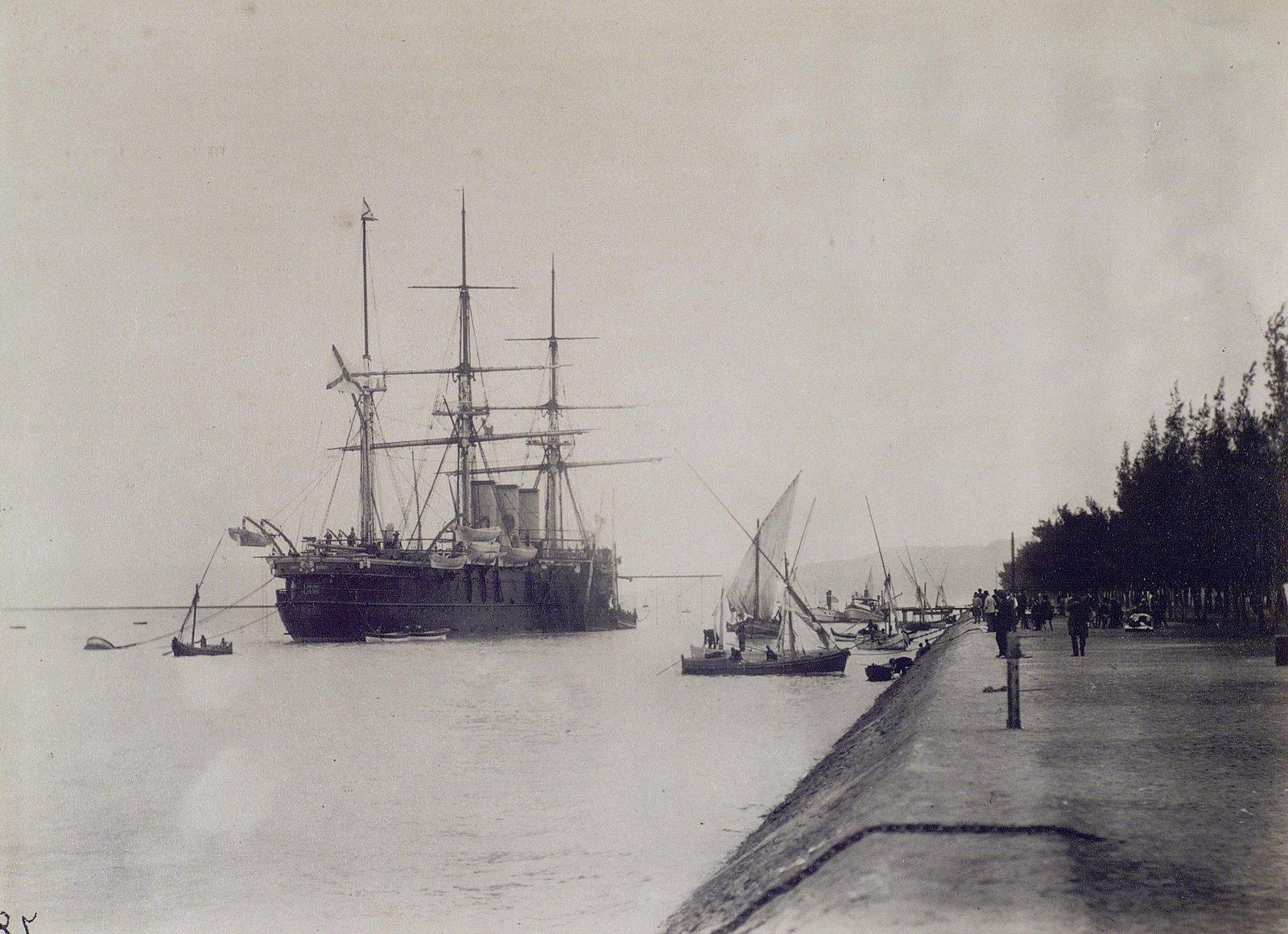 27. 1890. Египет. Фрегат «Память Азова» у берега Суэцкого канала