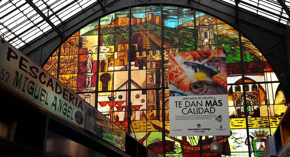 Bezienswaardigheden Malaga: Mercado Central de Atarazanas | Mooistestedentrips.nl