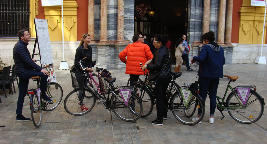 Fietsen in Malaga: highlights van Malaga | Mooistestedentrips.nl