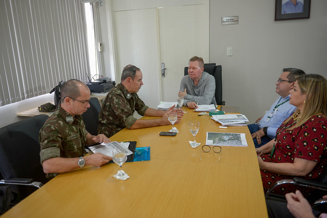 10.07.19 Prefeitura e Exército definem ações para Setembro Amarelo
