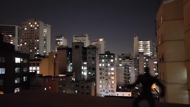 Contemplando a noite