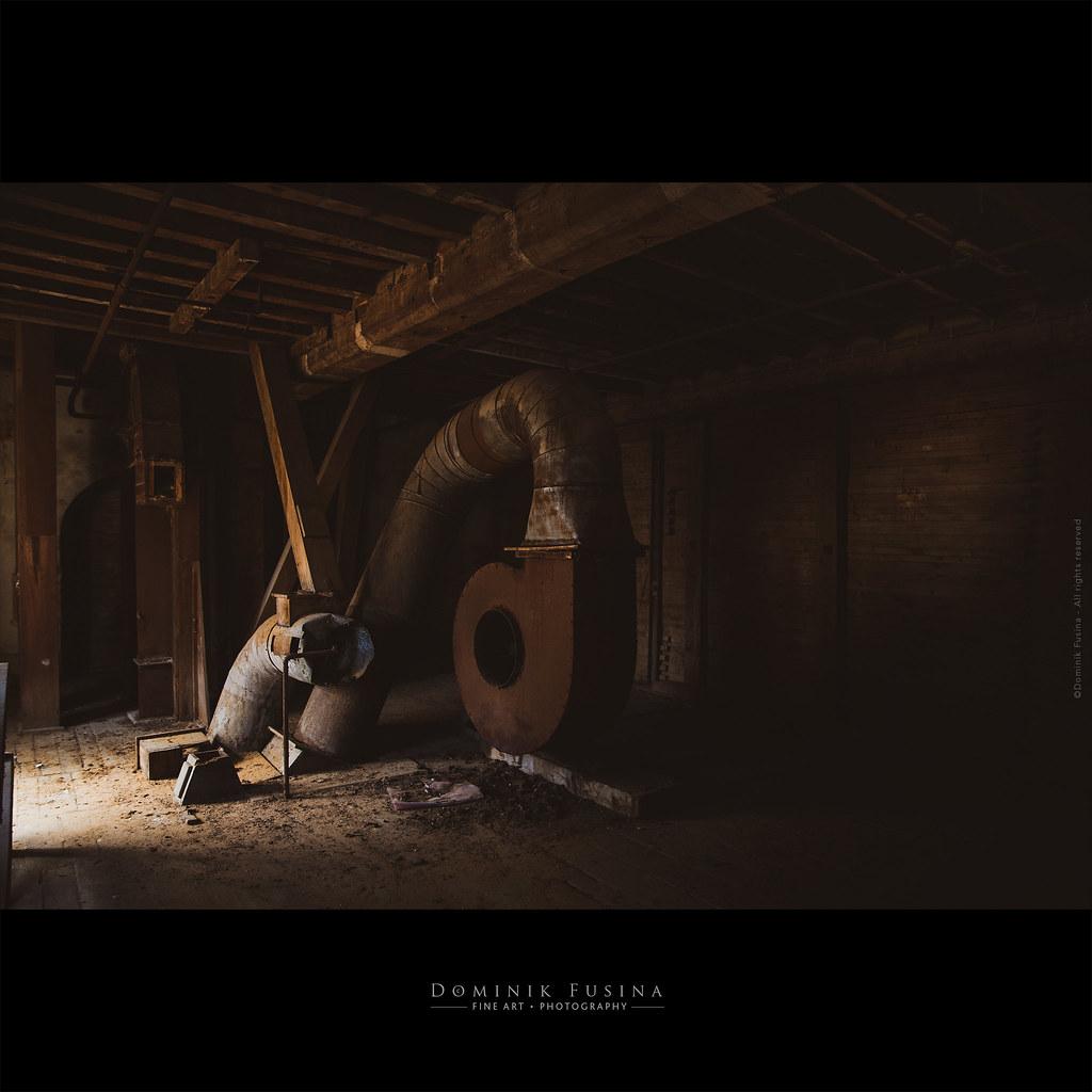 Old industrial mill - 1856 [URBEX]