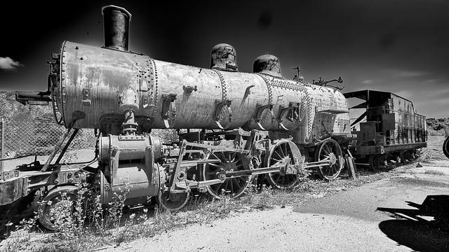 Locomotive with no cab