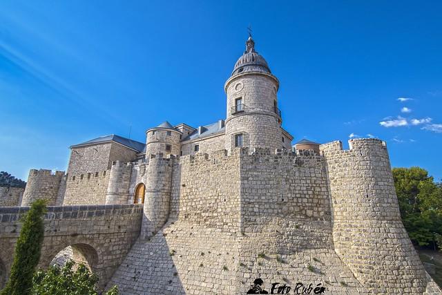 Castillo de Simancas (Valladolid) - Simancas Castle (Simancas,Valladolid)