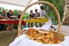 Zum Tortenbuffet gehören auch mehrere hundert Kipfeln