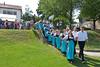 Aufmarsch der Trachtengruppe auf die Klänge der Blaskapelle Billed-Alexanderhausen