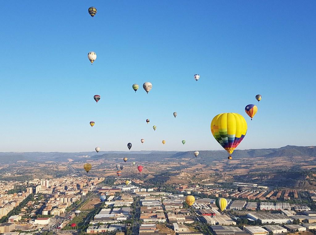 23º European Balloon Festival. Sobrevuelo de Igualada.