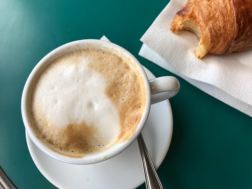 Croissant and a latte in Paris
