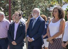 El alcalde Juan Carlos Abascal, con Jesús Loza, Delegado del Gobierno en Euskadi, y Mónica Hernando, Directora de Víctimas y Derechos Humanos del Gobierno Vasco.