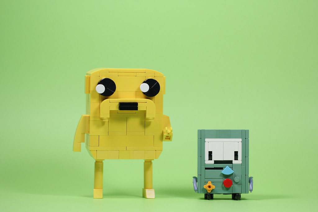 Jake & BMO (custom built Lego model)